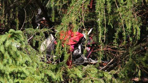 Helikopter auf dem Weg nach Salzburg abgestürzt: 4 Tote (Bild: dpa/Georg Barth)