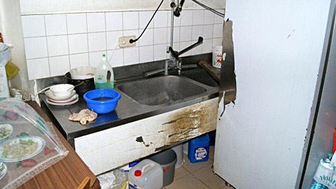 Schlepperbande aus China: Beamte als mögliche Helfer (Bild: APA/POLIZEI)