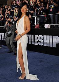 Rihanna möchte ihren Pracht-Hintern zurück (Bild: AP)