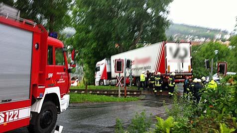 """Navis führen zwei Lenker in die Irre: Unfälle als Folge (Bild: """"Krone"""")"""
