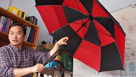 Forscher entwickeln Hightech-Schirm für Festivalbesucher (Bild: blog.vodafone.co.uk)