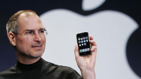 Vom Außenseiter zum Liebling: Das iPhone ist fünf (Bild: AP)