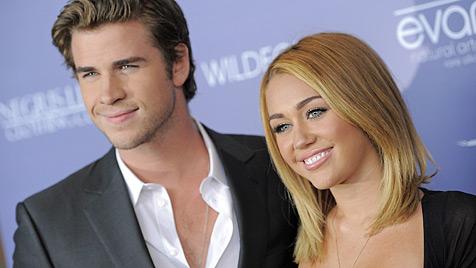 Miley Cyrus will eine Großfamilie mit Liam Hemsworth (Bild: AP)