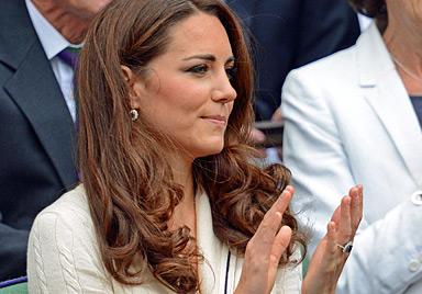 Und auf einmal wird Tennis fast zur Nebensache... (Bild: AFP)