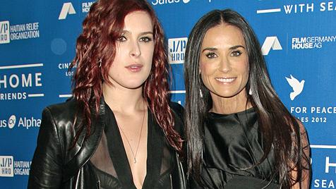 Demi Moore: Ihre Töchter reden nicht mehr mit ihr (Bild: AP)