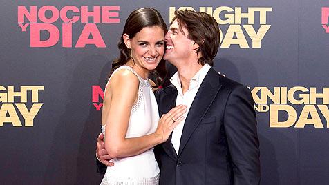 Katie Holmes und Tom Cruise wollen nicht vor Gericht (Bild: EPA)