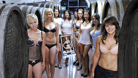So fesch sind Österreichs Jungwinzerinnen (Bild: APA/HANS KLAUS TECHT)
