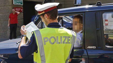 Altstadt-Sperre in Sbg: 52 Strafzettel binnen vier Stunden (Bild: Markus Tschepp)