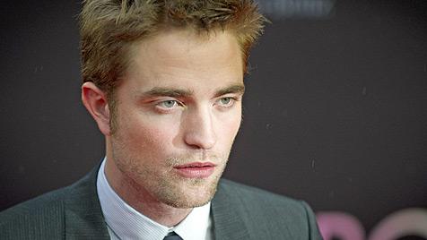 Robert Pattinson stand kurz vor Heiratsantrag (Bild: dapd)