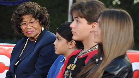 Katherine Jackson als Vormund ihrer Enkel bestätigt (Bild: EPA)