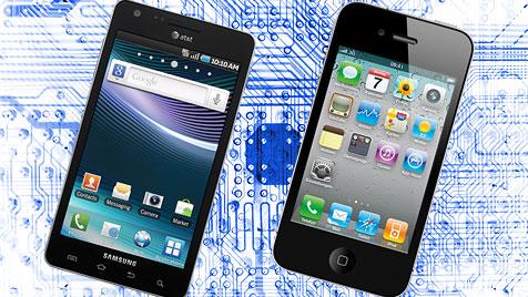 Samsung muss Apple eine Milliarde Dollar zahlen (Bild: thinkstockphotos.de, samsung.com, apple.com, krone.at-Grafik)