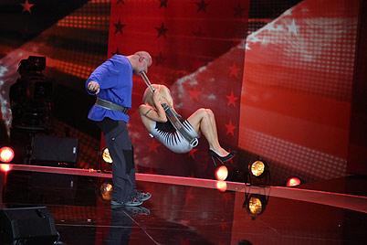 """Michelle Hunziker verletzt sich beim """"Supertalent"""" (Bild: RTL)"""