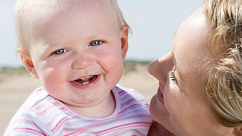 Tipps zum entspannten Reisen mit Kleinkind (Bild: thinkstockphotos.de)