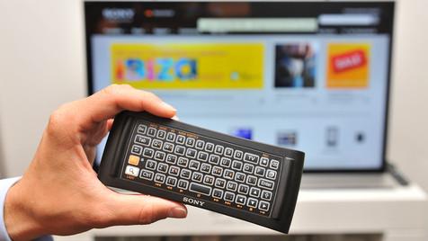 Sony bringt Google TV auf den Fernseher (Bild: Paul Zinken/dapd)