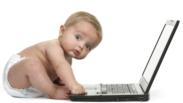 Kinder: Smartphone bedienen ja, Schuhe binden nein (Bild: photos.com)