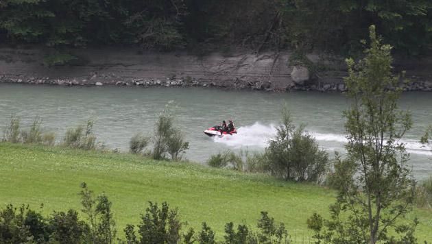 Suche nach Buben (9) nach Sturz in Fluss abgebrochen (Bild: Andreas Kreuzhuber)