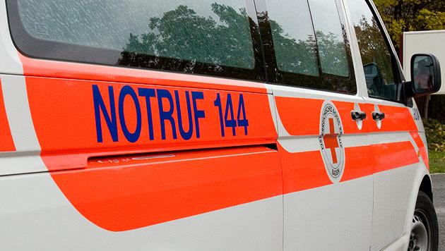 Rettungsauto mit Pkw kollidiert: Vier Verletzte (Bild: Andreas Graf (Symbolbild))