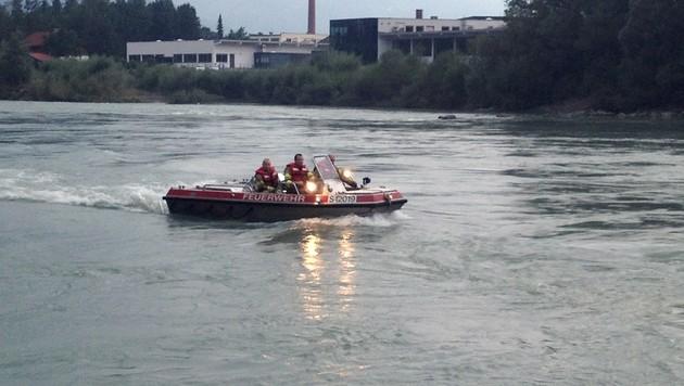 Suche nach Buben (9) nach Sturz in Fluss abgebrochen (Bild: APA/FEUERWEHR-GOLLING.AT)