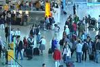 Kabinenpersonal der Lufthansa droht mit Streiks