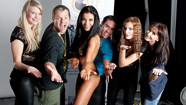 Ex-Miss Carmen Stamboli macht PR in eigener Sache (Bild: photo by ManfredBaumann.com)