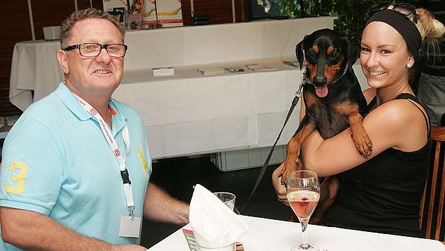 Der Flirt-Test beim Speed-Dating für Hundebesitzer (Bild: Fressnapf)
