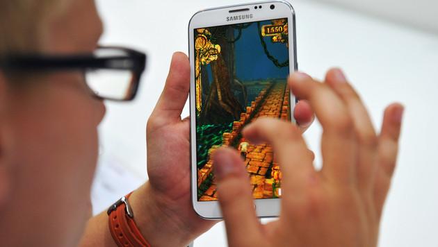 Samsung enthüllt neues Galaxy S4 offenbar im Februar (Bild: Paul Zinken/dapd)