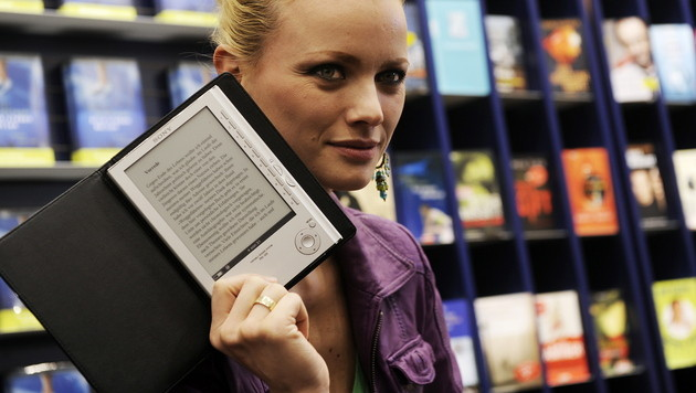 Preisabsprachen bei E-Books: Apple laut Urteil schuldig (Bild: Berthold Stadler/dapd)