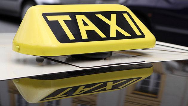 Deutsche Taxler wenden sich an Verkehrsminister (Bild: © 2010 Photos.com, a division of Getty Images (Symbolbild))