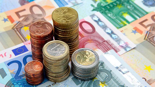 Parteien diskutieren über Gehaltsplus für Politiker (Bild: © 2010 Photos.com, a division of Getty Images (Symbolbild))