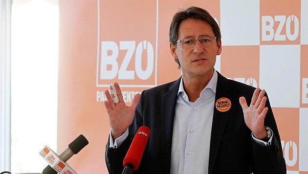 "BZÖ eröffnet Wahlkampf mit ""Kärntner Erklärung"" (Bild: APA/GERT EGGENBERGER)"