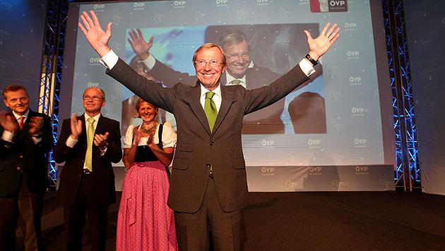 Sbg: Haslauer als Landeschef der ÖVP wiedergewählt (Bild: APA/Franz Neumayr)