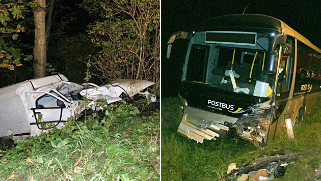 Auto prallt in NÖ gegen Linienbus: 17-Jährige tot (Bild: Einsatzdoku.at)