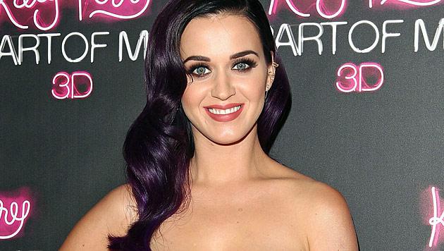 Katy Perry will eine Scheidungsparty schmeißen (Bild: AP)