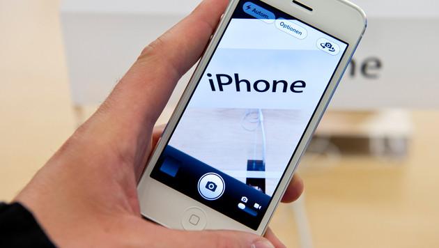 Apple äußert sich zu lila Schleier auf iPhone-5-Fotos (Bild: Lukas Barth/dapd)