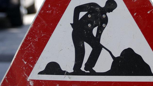 Fliegerbombe auf Villacher Baustelle entdeckt (Bild: APA/HERBERT PFARRHOFER)