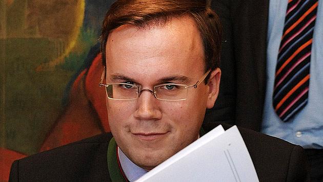 FPK: Dobernig verzichtet auf sein Landtagsmandat (Bild: APA/Barbara Gindl)