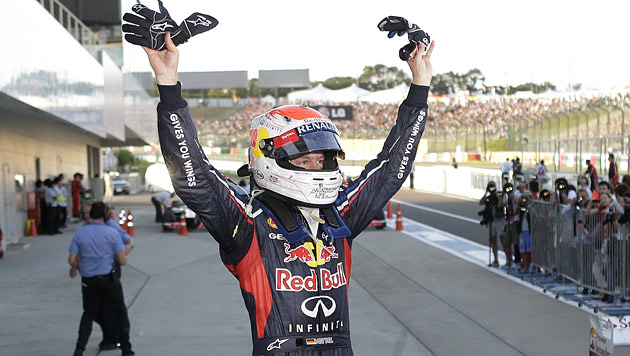 Start-Ziel-Sieg von Vettel, WM-Leader Alonso scheidet aus (Bild: dapd, EPA)
