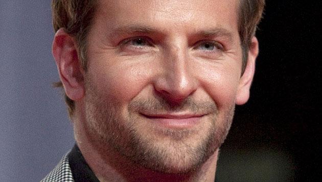 Bradley Cooper ließ Sex-Ikone Dita Von Teese abblitzen (Bild: AP)