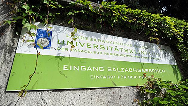 Patient in Salzburger Klinik trank Putzmittel (Bild: APA/BARBARA GINDL)
