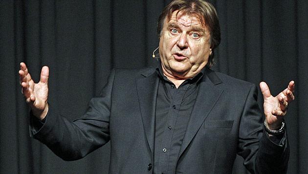 Kabarett-Altmeister Lukas Resetarits ist 65 Jahre alt (Bild: APA/GEORG HOCHMUTH)