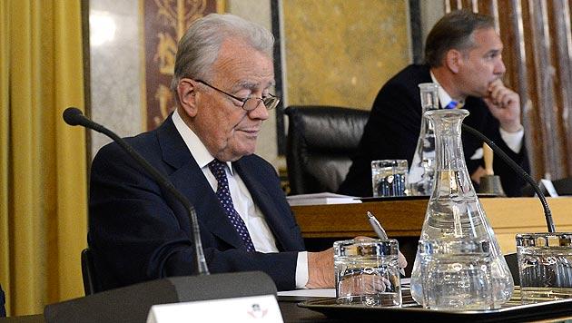 """Verfahrensanwalt: """"Hin und wieder ist es hart gewesen"""" (Bild: APA/HELMUT FOHRINGER)"""