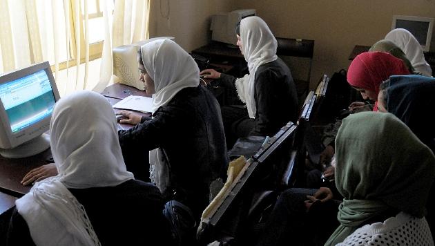 Software-Firma in Afghanistan nur mit Frauen (Bild: dapd)