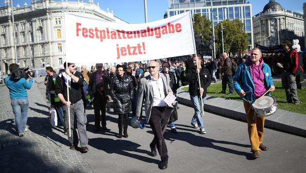 Künstler fordern Einführung der Festplattenabgabe (Bild: APA/GEORG HOCHMUTH)