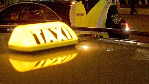 Einbrecher flüchten mit Taxi - von WEGA gestoppt (Bild: Andi Schiel (Symbolbild))