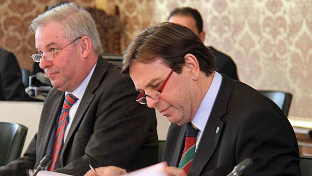 Steirisches Budget: Sparziel von 240 Mio. € für 2013/14 (Bild: Sepp Pail)