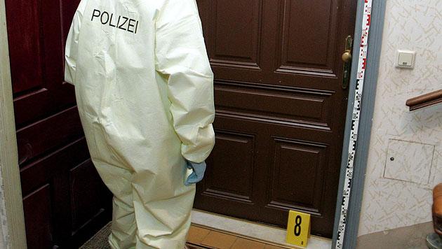 Stmk: 69-Jähriger lag zwei Wochen tot Wohnung (Bild: APA/ROLAND SCHLAGER (Symbolbild))