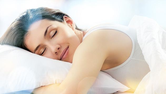 Studie: Ausreichend Schlaf hilft auch gegen Schmerzen (Bild: thinkstockphotos.de (Symbolbild))