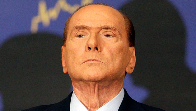 Silvio Berlusconi zu vier Jahren Haft verurteilt (Bild: AP) - Silvio_Berlusconi_zu_vier_Jahren_Haft_verurteilt-Wegen_Steuerbetrugs-Story-338856_630x356px_1_UgTfuqbtRPdTE