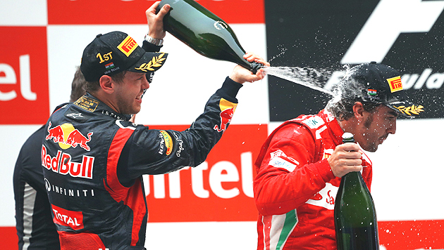 Vettel gewinnt in Indien vor Alonso und Webber (Bild: EPA)