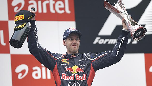 Vettel gewinnt in Indien vor Alonso und Webber (Bild: AP)